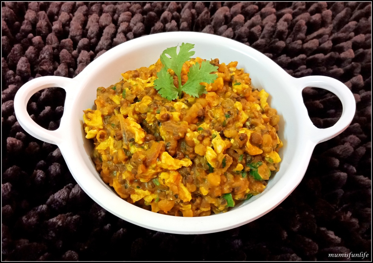 Spicy Indian Lentils with Scrambled Eggs ( Dim Torka )
